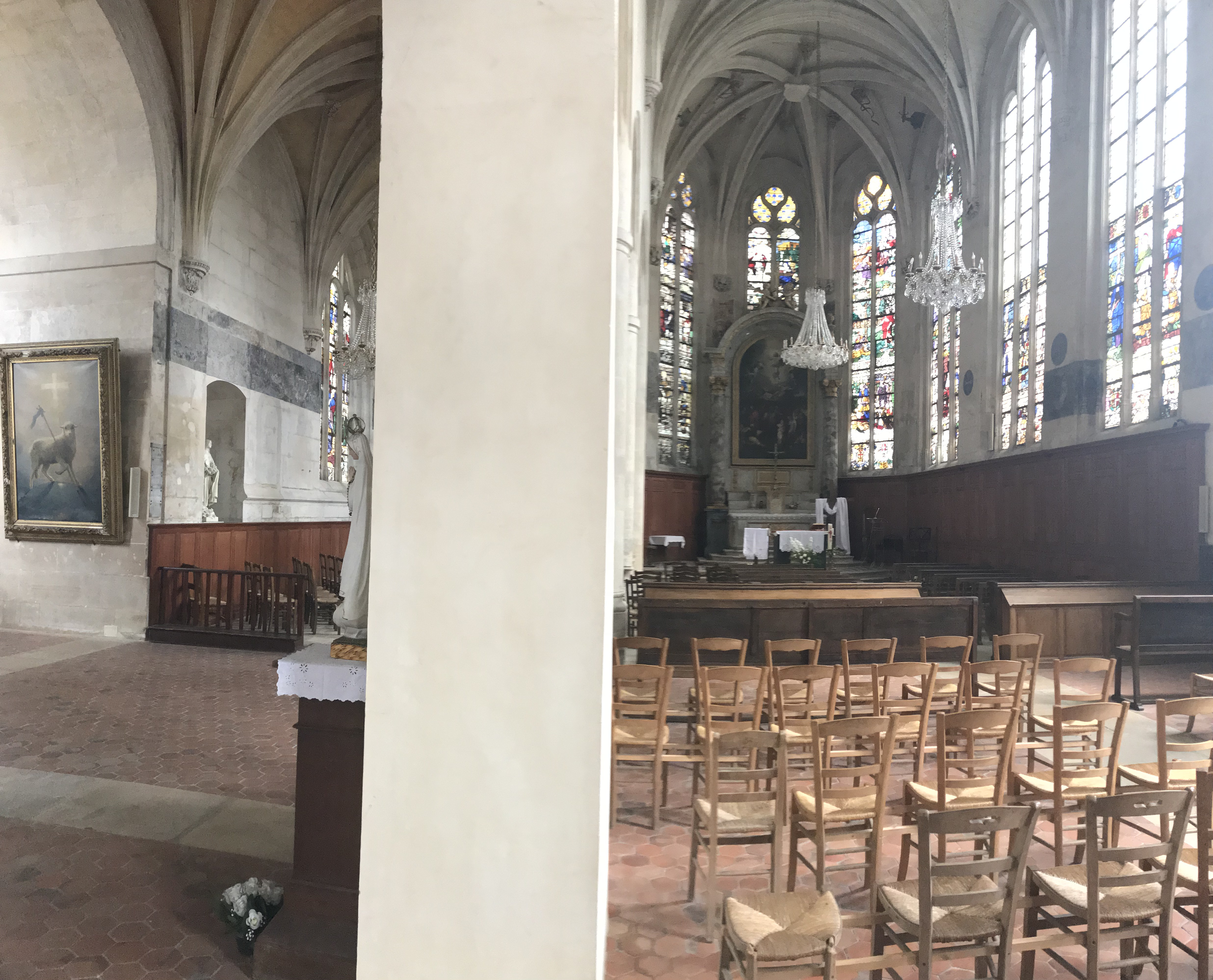 Eglise St Accueil (intérieur)